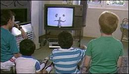 Grija mare la copiii lasati la televizor aiurea