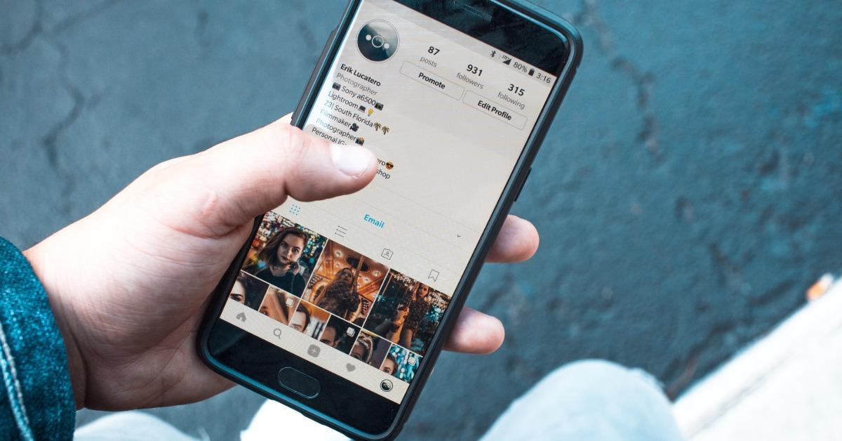 Adolescenții și social media în 2020
